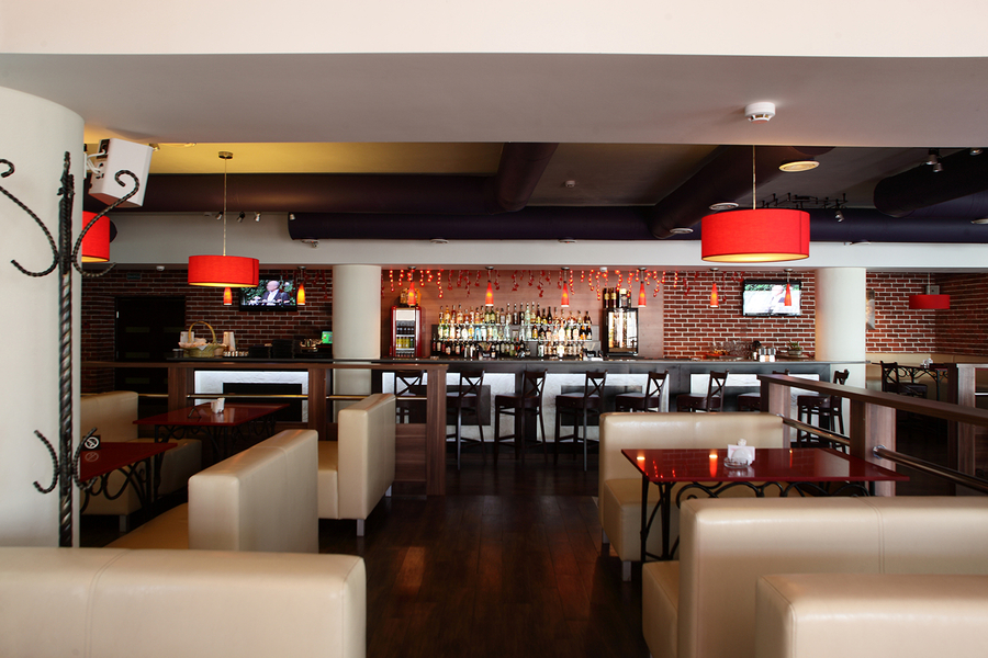Bring Your Business to Life with a Restaurant AV System